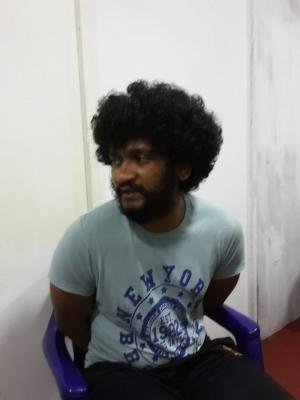 "Underworld Figure ""Kosgoda Tharaka"" Shot Dead While In Police Custody As ""Predicted"" By Several News Websites"