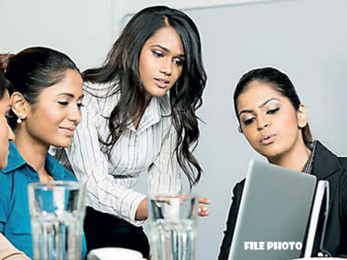 Females in SL's private sector more productive working from home: study