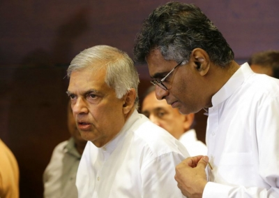 UNP Holds Another Round Of Discussions With Foreign Diplomats: Briefs Them On Sirisena's Refusal To Appoint RW As PM