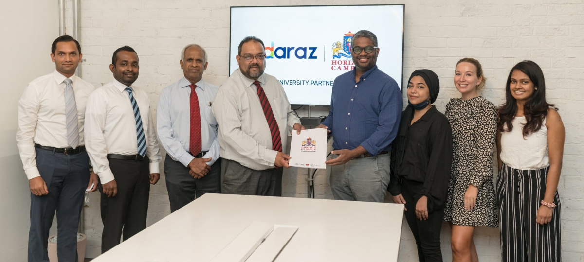 Horizon Campus signs MOU with Daraz.lk