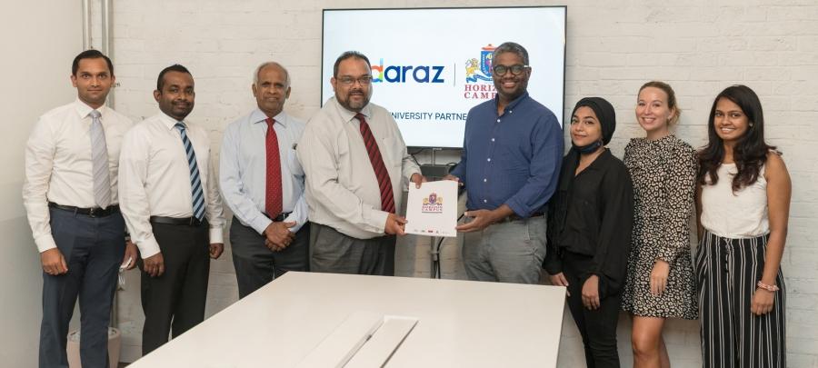 Horizon Campus signs MOU with Daraz.lk