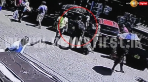 [VIDEO] Woman's Body With Severed Head Brought To Gas Paha Junction In Travel Luggage