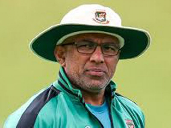 New South Wales appoints Chandika Hathurusingha as batting coach