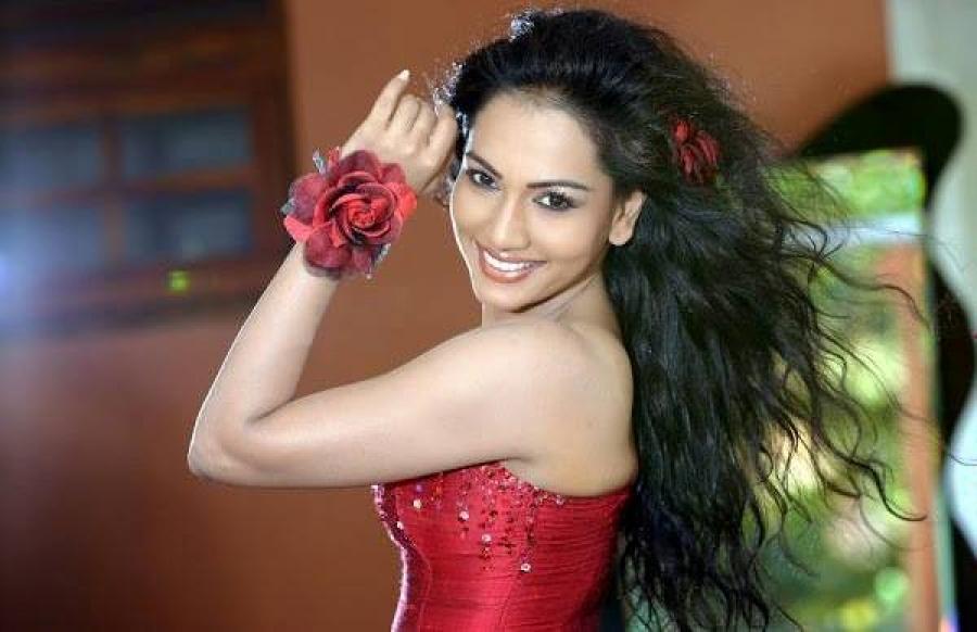 Sri lankan Actress: Chathurika Peiris