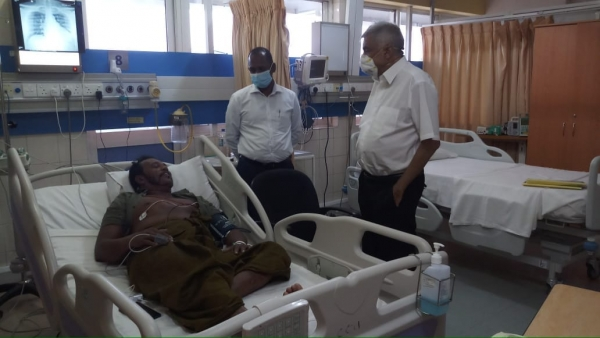 RW Visits Former UNP MP Palitha Thewarappeuma Who Is Recovering From Heart Surgery
